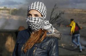 Projection – débat : « Femmes palestiniennes en résistance » @ Centre culturel arabe en Pays de Liège | Liège | Wallonie | Belgique